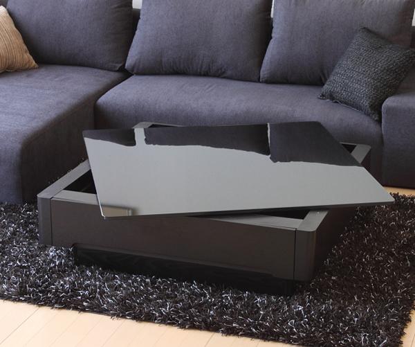 ブラックガラスとアッシュ材の木目が美しいリビングテーブル/Arly強化ブラックガラスの天板と、 高級材「アッシュ」の質感がマッチング!