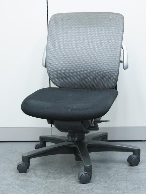 オフィスチェア 事務椅子 会議チェア ローバック ビジネスチェア マネージメントチェア イトーキ製:レビーノシリーズ KE-640CJ-T2T3 中古 セット オフィス家具