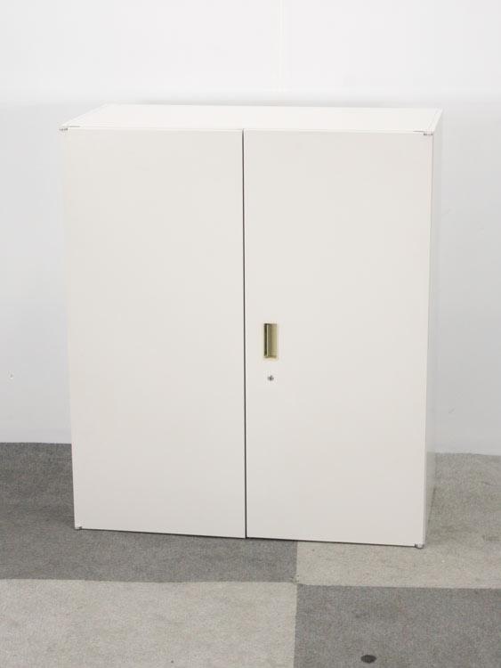 両開き扉型 3段 両開き書庫 両開きキャビネット 上下兼用 直置き不可 下置きの際はベースが必要です イトーキ製:シンラインキャビネットシリーズ W900xD450xH1038 HTM-109HSS-WE 中古 セット オフィス家具 鍵付