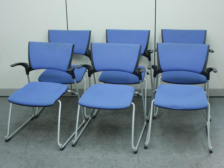 ミーティングチェア 肘付き 6脚セット スタッキングチェア 中古チェア 会議椅子 イトーキ製 KLC-345CB-T1N7 中古 セット オフィス家具