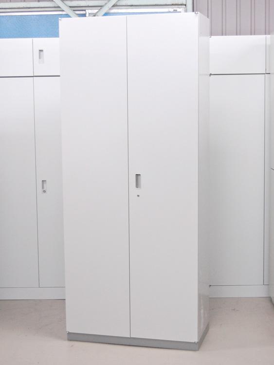ワードローブ 1人用ロッカー 役員用ロッカー 搬入経路・設置場所の高さをお確かめください イトーキ製:シンラインシリーズ W900xD450xH2140 HTM-219HWS(E)-WE 中古 オフィス家具 鍵付