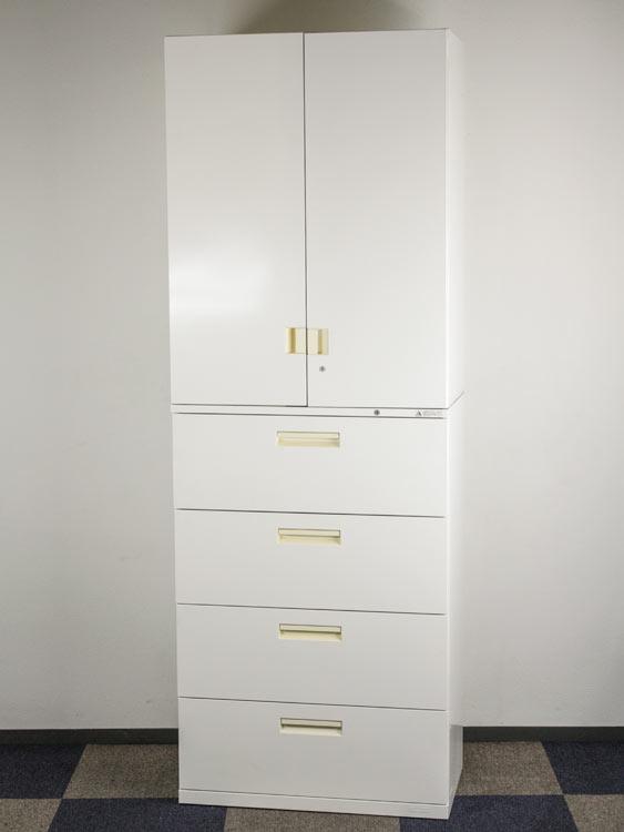 上下書庫セット 4段ラテラル 両開き書庫 2段済み書庫 中古キャビネット 高さがありますので設置場所を必ずご確認ください。 オカムラ製:SAデュオラインシリーズ 4CG5ZC 4C36CA 中古 オフィス家具 ベース付き 鍵付