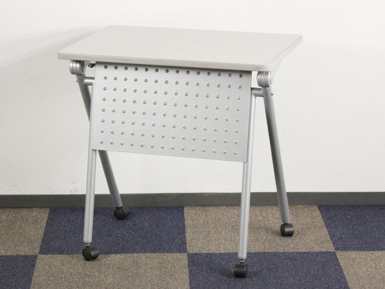 パーソナルテーブル ミーティングテーブル 幕板付き 1人用テーブル コンパクトテーブル 中古テーブル イトーキ製 W700xD500xH700 TNC-75K-W7 中古 セット オフィス家具