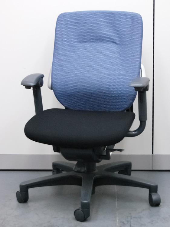 オフィスチェア ビジネスチェア 事務用イス ハイバック 中古チェア マネージメントチェア  イトーキ製:レビーノシリーズ KE-637-CJ-T2N3 中古 セット オフィス家具 可動肘付