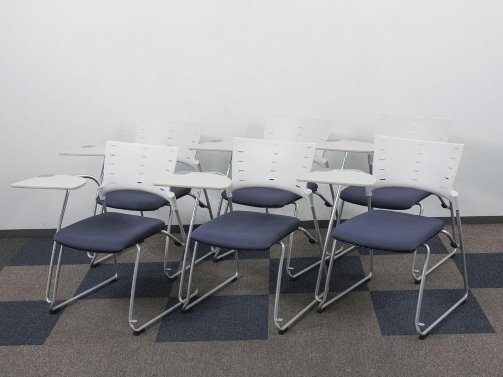 ミーティングチェア メモ台付き 6脚セット スタッキングチェア 会議イス パイプ椅子 中古チェア ゼミ 講習会などに最適です。 イトーキ製:マノス Manossシリーズ KLC-332GB-W8N2 中古 セット オフィス家具