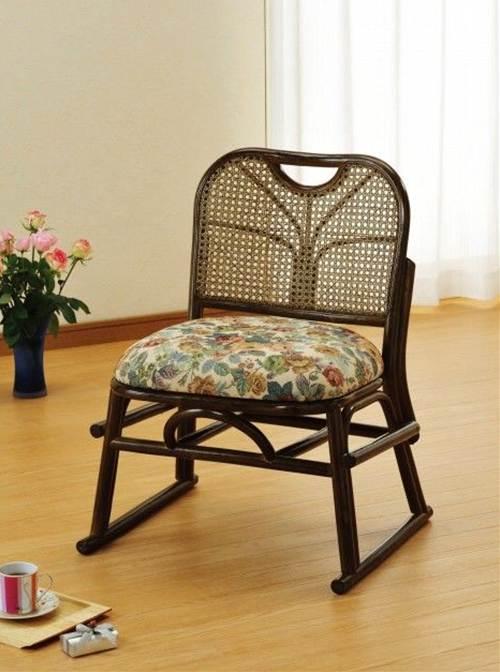 重ねておけるので、収納にも便利です。 籐スタッキング座椅子 イス・チェア 籐製 送料無料