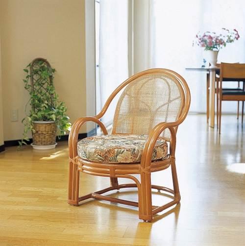 優雅な曲線がクラシックな雰囲気を演出。 アームチェアー(背クッションなしタイプ) イス・チェア 座椅子 籐製 送料無料