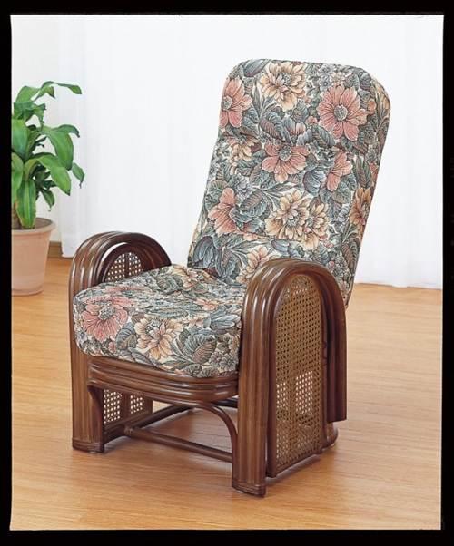 背もたれハイバックとふかふかクッションが最上の座り心地を実現 籐デラックスリクライニングアームチェアー イス・チェア 座椅子 籐製 送料無料