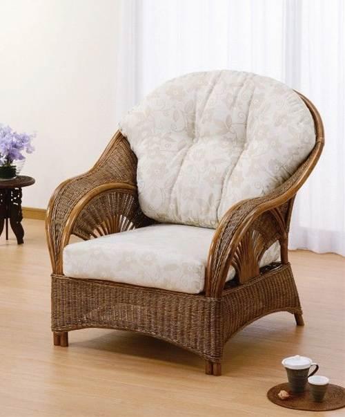 座った瞬間包み込まれるような心地よさが楽園時間を約束します。 アームチェアー イス・チェア 座椅子 籐製 送料無料