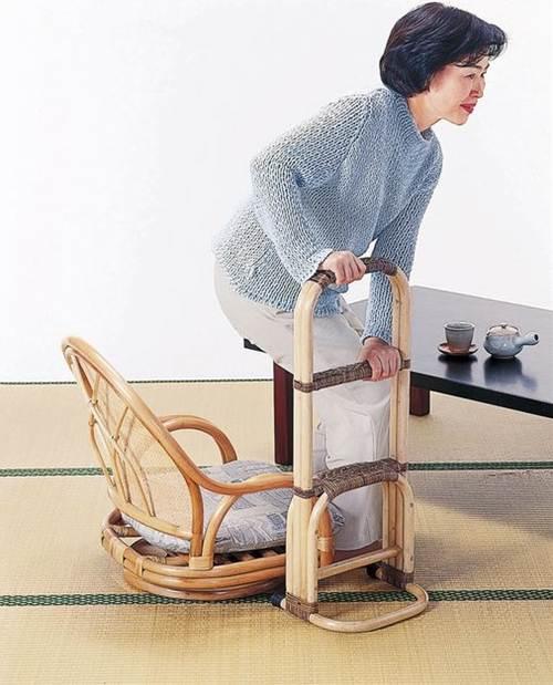 懐かしい質感と手仕事の温かみを楽しむ ステッキ イス・チェア 座椅子 籐製