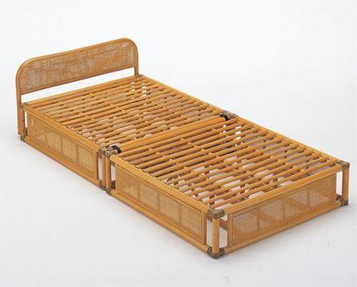 天然素材のナチュラルな風合いに包まれて。 籐ベッド 折りたたみベッド シングル 籐製 ラタン フレームのみ 送料無料 一人暮らし 1人暮らし 新生活