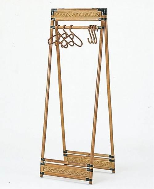 何を掛けてもおしゃれに見えるA型ハンガー。 藤折りたたみ式ハンガーラック 収納家具 玄関収納 コートハンガー