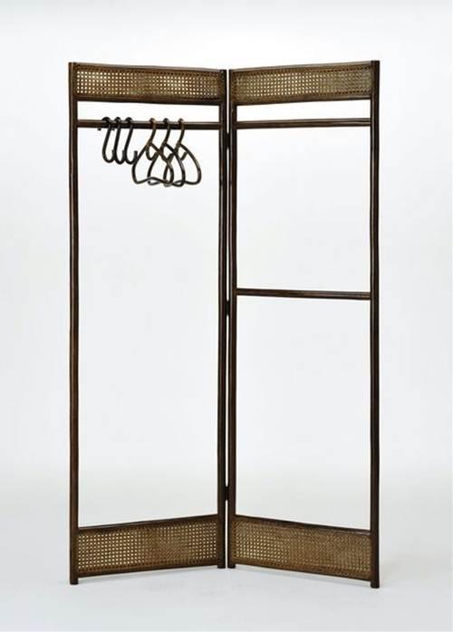 脱いだ衣類や小物類をさっと掛けられます。 藤折りたたみ式ハンガーラック 収納家具 玄関収納 コートハンガー 送料無料