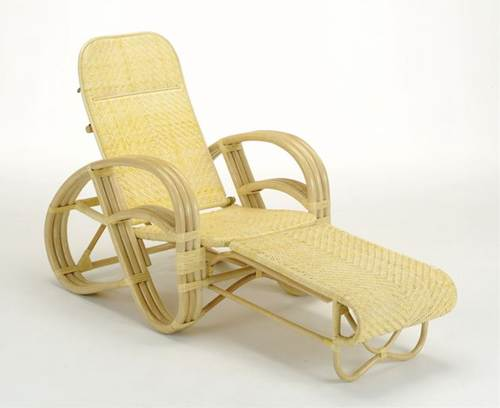 包み込まれるような座り心地で、ゆったりくつろげます。 籐三ツ折寝椅子 ファブリックカバー付 イス・チェア 座椅子 籐製 送料無料