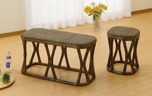 モダンなフレームデザインで和洋室問わずお似合い。座面は籐アジロ編み仕様で天然素材独特の涼感を! ワイドスツール イス・チェア 座椅子 籐製