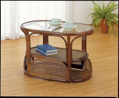 ラタン&ガラスの天板や落ち着いた色合いがアジアンリゾートの雰囲気。 テーブル 籐製 送料無料