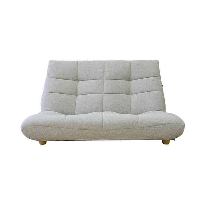 kagumaru: Take two low sofas, and hang two sofa \