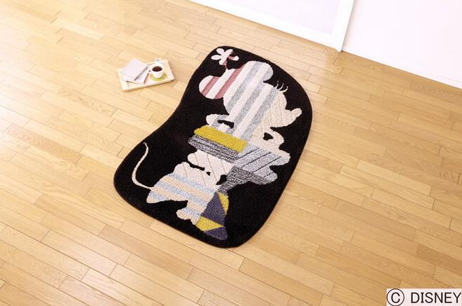 ディズニー ラグマット ミニーモデルフレームラグ Disney Minnie model frame rug 最大幅約85×135cmDRM-4021 (送料無料) (代引不可) 日本製 防ダニ 耐熱加工 RUG カーペット ディズニープレミアムコレクション ラグマット カーペット 玄関マット 送料無料