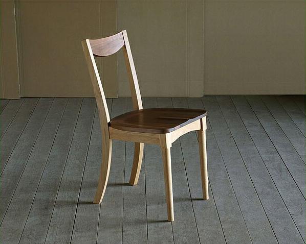 無垢の木製チェアー【ミッドセンチュリー】(肘無し椅子) インテリア イス いす 引っ越し祝い 新築祝い 家具 通販