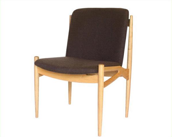 木製ダイニングチェア(肘なし椅子)※キャンセル不可 国産 日本製 シンプル ナチュラル 北欧 チェアー いす イス 食卓 布座 ナラ ファブリック クッション 無垢 組立品 アームレス 木目 美しい 上品 上質 高級感 オイルフィニッシュ カフェ