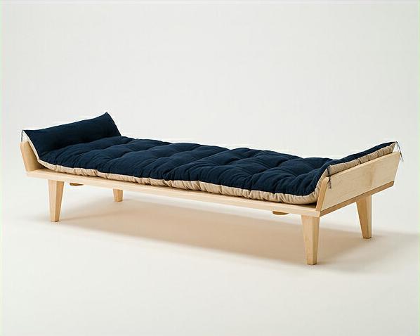ソファやテーブルとしても使えるお昼寝ソファ(座布団付き)※代引き不可 日本製 国産 メイプル メープル ごろ寝 うたた寝 椅子 チェア チェアー 机 デスク ベンチ シンプル ナチュラル コサイン cosine 木 木製 ざ