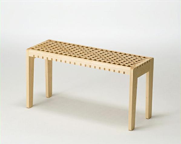 どんな空間にも馴染むこだわりの木製スツール※代引き不可 北欧 シンプル 日本製 国産 踏み台 いす イス 椅子 チェア チェアー 可愛い ユニーク リビング 玄関 子供部屋 メイプル メープル ベンチ 来客 ゲスト 子供 飾り