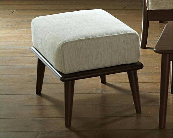 天然木の質感が贅沢なオットマン:インテリアなら 家具の里