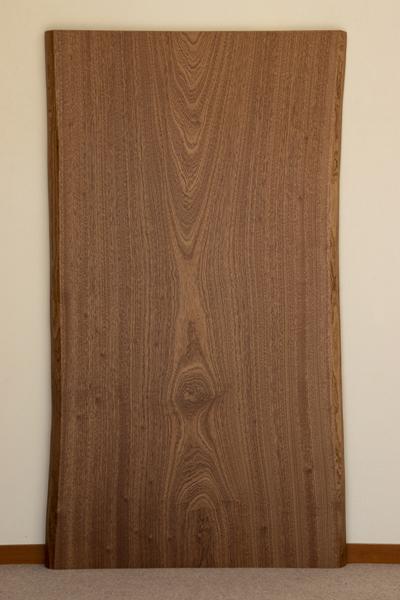 家具蔵(かぐら) 一枚板テーブル 無垢天板【樹種:サペリ】(RSP-66) オーダー家具 W1400・D800・H700