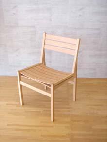 家具ストアーオリジナル!第5回暮らしの中の木の椅子展最優秀賞受賞作品「bow chair」