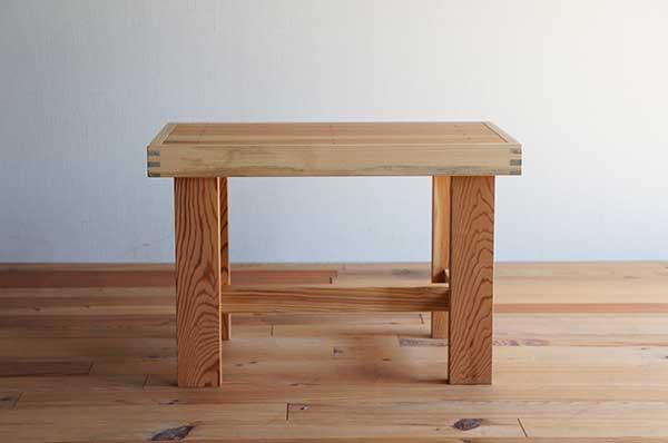 古きよい時代のアイテム!古材を使用した地松の床几(縁台)/幅600タイプ