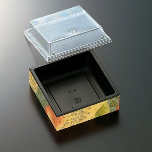 CWH角4(黒東雲)フタ付サイズ : 118×118×40mm入数 : 450単価 : 51.20円(税抜)