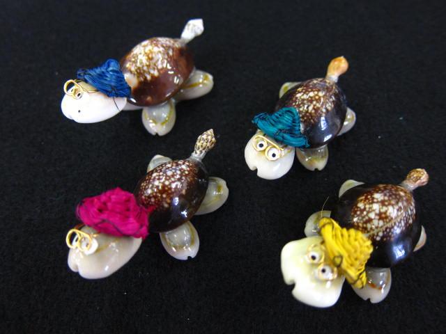 貝殻とヒトデの専門店 亀は万年 カラーハット 約4~6cm 10個入 貝 シェル 置物 フォト 無料 マリン 開運 返品送料無料 亀 アクセサリー 人形 風水アイテム