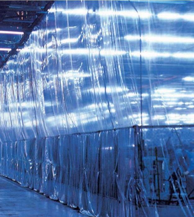 法人様限定 品薄 アキレス マジキリII 粉ふりなし 間仕切り用PVCフィルム  2.0mm×1370mm×10m 4本セット 北海道・沖縄・離島出荷不可