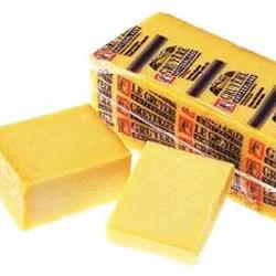 チーズ/乳製品/グリュイエール/セミハード・ハード/スイス [G]グリュイエール カット 190g佐川クール[冷蔵]便でお届け商品名に[G]と入っている商品同士は同梱可能