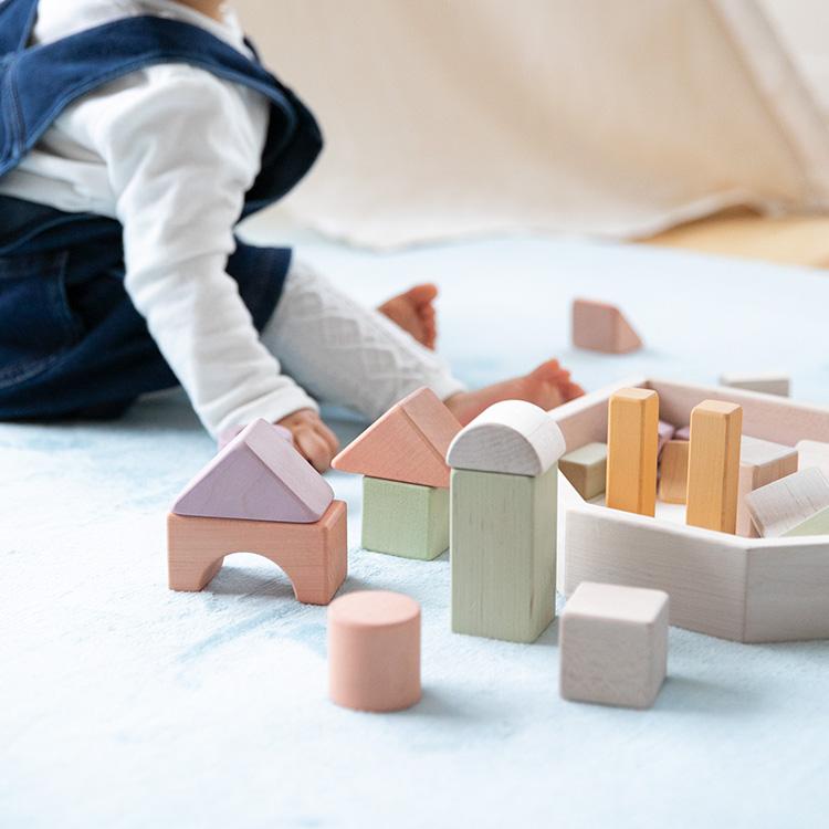 【送料無料・一部地域を除く】エドインター NIHON つみきのいえM【エド・インター 木製玩具 木のおもちゃ 家 おもちゃ 2歳 1.5歳 かわいい 知育玩具 出産祝い 内祝い 誕生日 ベビー 赤ちゃん 子供 キッズ 日本製 男の子 女の子 ギフト プレゼント テレワーク 在宅】
