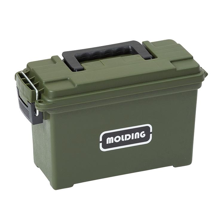 プラスチック製の工具箱