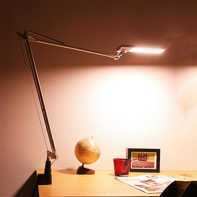 照明 LED デスクライト レディックエグザームディーバ クランプタイプ【ライト デスクライト スタンドライト デスクスタンド 目に優しい 調光 調色 間接照明 卓上 卓上照明 シンプル アイアン アンティーク おしゃれ かわいい 北欧 テレワーク 在宅】