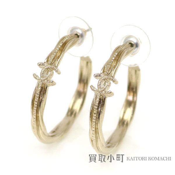 Kaitorikomachi Rakuten Global Market Chanel Here Mark Hoop Pierced Earrings Gold Cc Costume Jewelry Accessories A85897 B15b