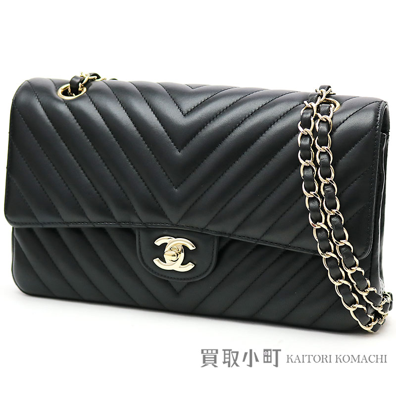 Chanel Chevron Flap Bag Black Lambskin Gold Metal Ings Medium W Chain Shoulder Here Mark Classical Music Matelasse Quilting V ステッチニ 重蓋 A01112