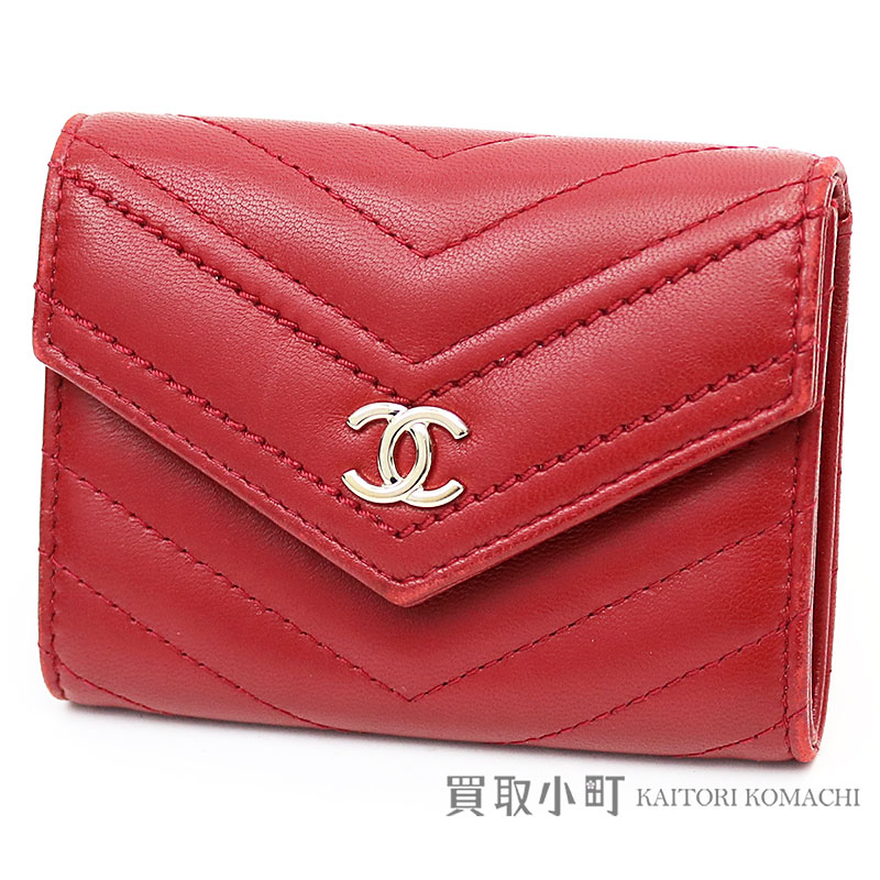 f54a99063ff6a9 Chanel Chevron stitch card case red leather cardholder coin case here mark  V stitch quilting A84345 ...