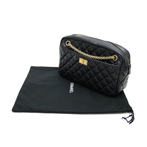 9ce121af8a6 Chanel 2.55 カメラバッグクラシックブラックエイジドカーフスキン W chain shoulder matelasse quilting   12 A40011 CAMERA CASE NOIR  used