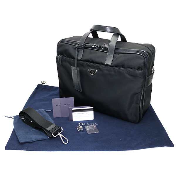 f729129afa53 Leave Prada briefs Kay  soot + サフィアーノレザーブラックトライアングルロゴメンズ 2WAY shoulder  business bag duffel dispatch case triangle logo V407S 064 ...