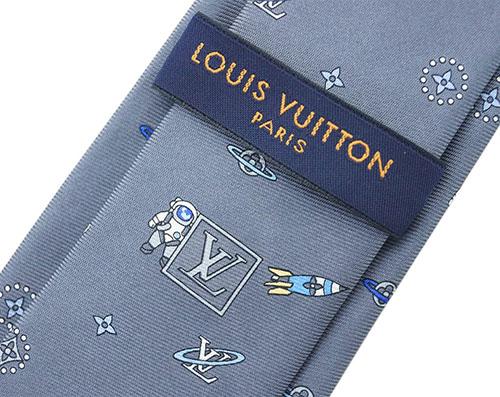 P9倍~ ルイヴィトン ネクタイ M73281 LOUIS VUITTON ヴィトン LV クラヴァット・LVスペース 7CM グリ 専用箱付き キャッシュレスで5%還元要エントリーR2 6 24 23 59迄BdCeox