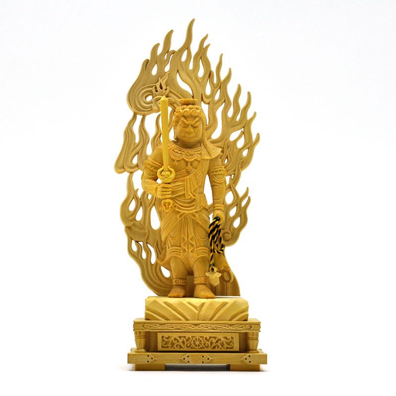 木彫り仏像 【不動明王立像】 火炎光背四角台 柘植 身丈立3.0寸 総高19cm 真言宗