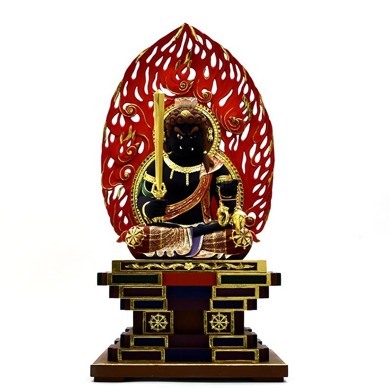 木彫り仏像 【座不動明王】 火炎光背瑟瑟座 楠木 極彩色(黒) 坐8.0寸 総高69cm ※ご注意:代金引換は対応できません。