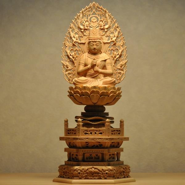 木彫り仏像 【大日如来】 柘植 飛天光背六角台 坐2.0寸 干支お守り本尊 真言宗御本尊