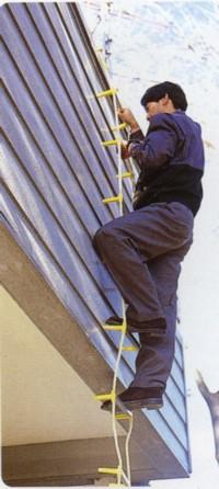 価格交渉OK送料無料 もしもの時に 縄はしごがあれば脱出可能です アルミ避難用縄はしご20m 梯子 地震等 ハシゴ 災害時の必需品 火災 返品交換不可