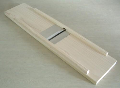 切り干しダイコン作りに便利 切干大根専用のスライサー 18%OFF 高級な 切干突 大根突き 木製切り干し器