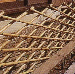竹製花垣 花壇の柵に、朝顔の支柱に便利です。