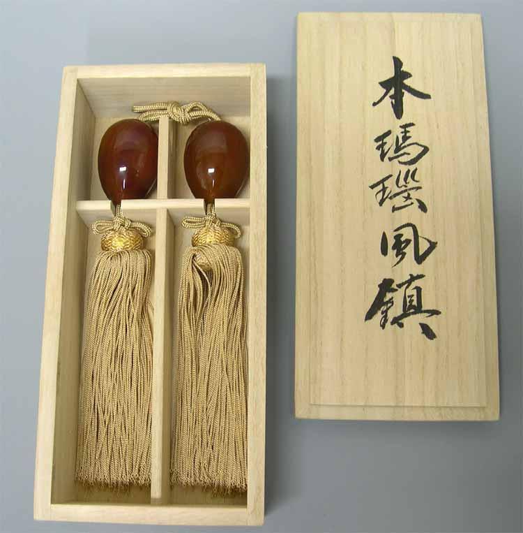 掛け軸小物 高級風鎮 本瑪瑙石(めのう・茶)(桐箱入り) 送料無料 掛軸 秋の掛け軸 秋の掛け軸